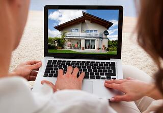 use digital to up roofing sales