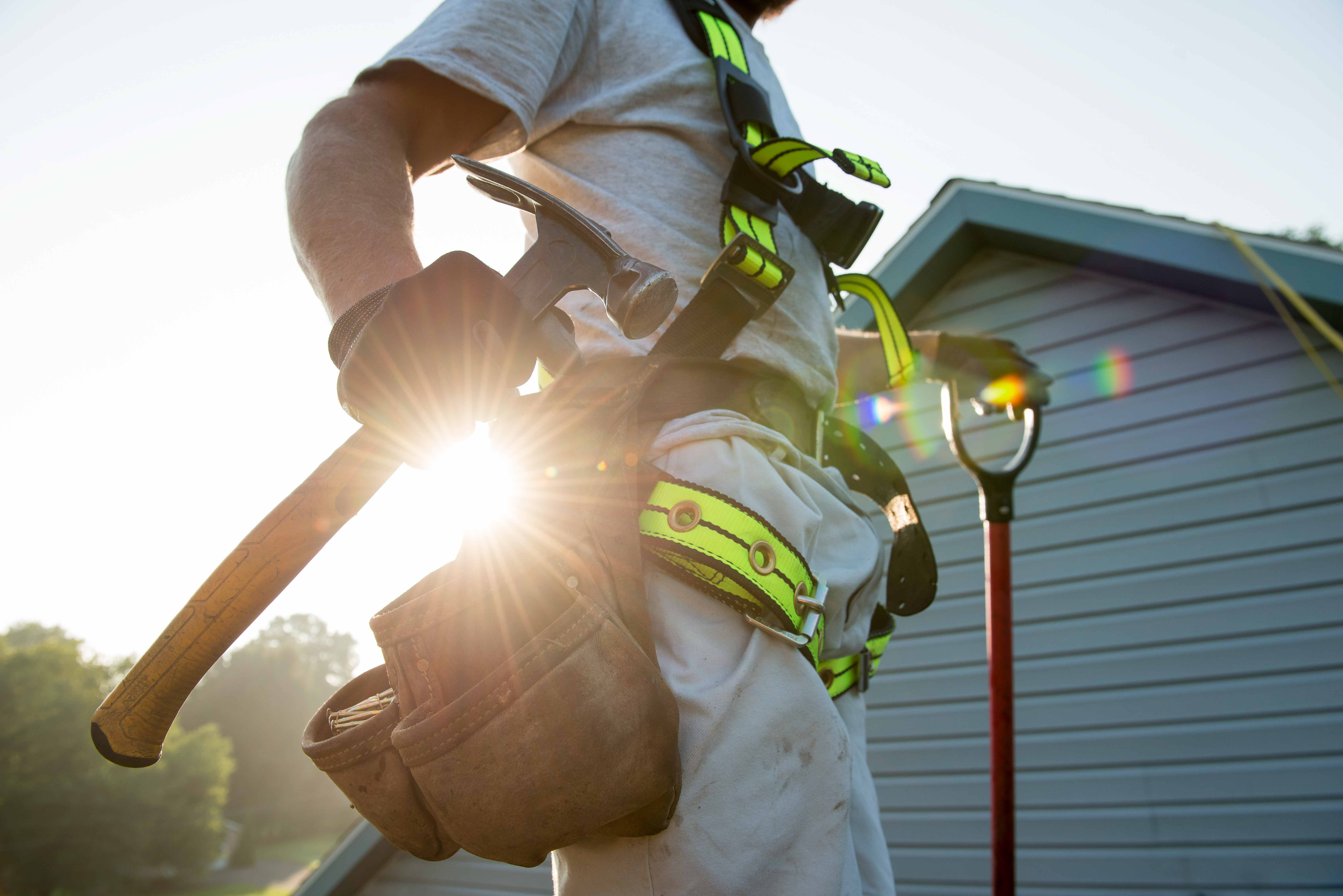 how to get roofing jobs