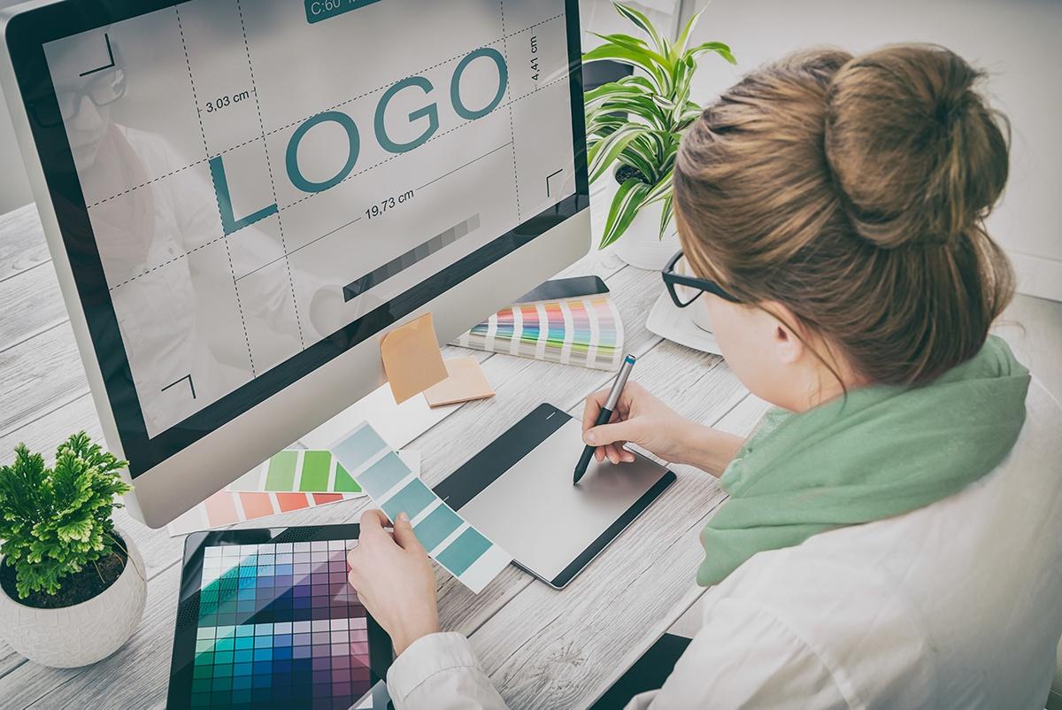 contracting-logo-design
