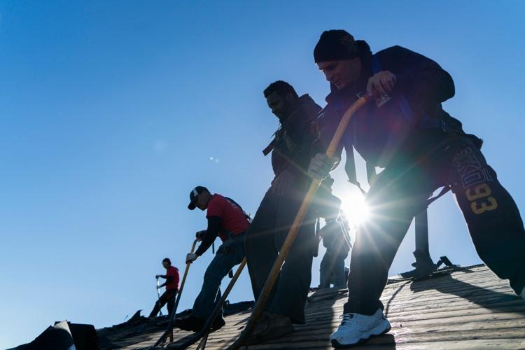 roofing-crews-needed.jpg