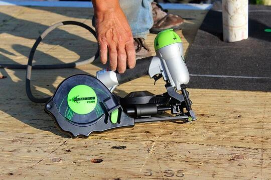 stinger gap nailer roofing tool